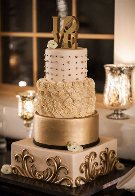 Not To Be Missed New Years Eve Wedding Inspiration Gold