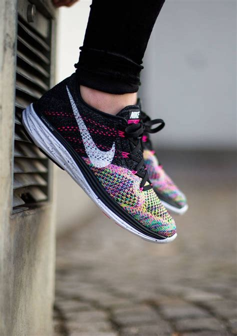 nike s flyknit lunar 3 on my own two