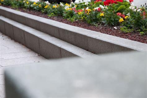 pietre per aiuole giardino pietre da giardino per aiuole europietre cuneo