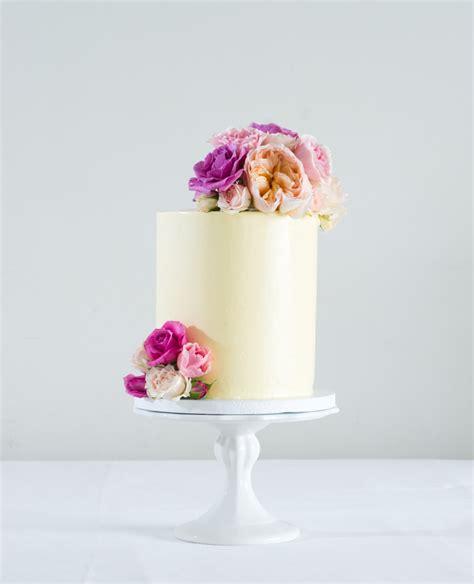 designer wedding cakes turks  caicos birthday cakes tci