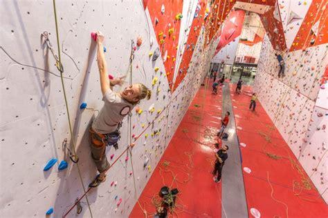 domaine de la salle bouc bel air salle d escalade climb up aix en provence 183 sae 224 bouc bel