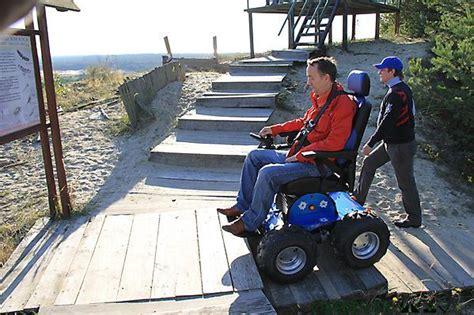 fauteuil roulant electrique 4x4 4x4 fauteuil roulant aides de mobilit 233 chaises d ascenseur 4x4 fauteuil roulant aides de