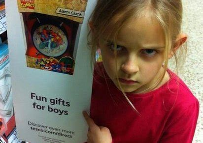 Tes S Fun Gifts For Boys Sign After   Ee  Year Ee    Ee  Old Ee