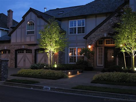 create landscape paradise with low voltage led landscape