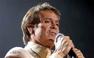 Sir Cliff Richard's Berkshire Property Searched by Police ...