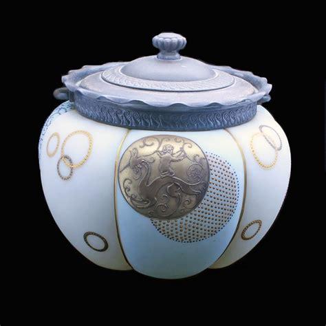 antique american art glass crown milano royal flemish