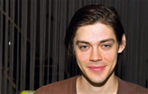 tom payne producer skins online the fansite dedicated to the hot new e4
