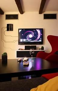 Décoration Télévision Murale : d coration murale l aide de c bles lectriques ~ Teatrodelosmanantiales.com Idées de Décoration