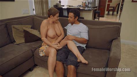 Femaleworship I Rarely Wear Panties Ryan Keely Hot