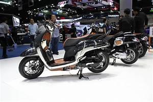 Mengintip Honda All New Scoopy Custom Di Bangkok Motor Show