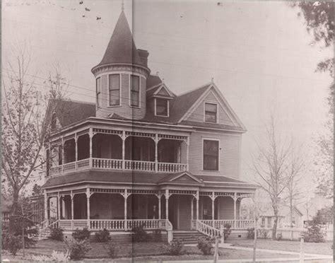 understanding architectural design victorian homes sina