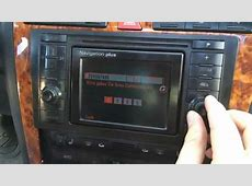 Input the code in the radio Audi A8 YouTube