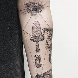 Nature-Inspired Tattoos Combine Vintage-Style Etchings of ...