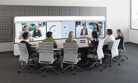cisco expands  offering telepresence  immersive