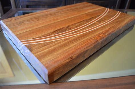 diy curved inlays   chopping board designs