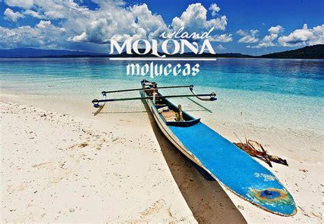 molana island saparua resort backpacker