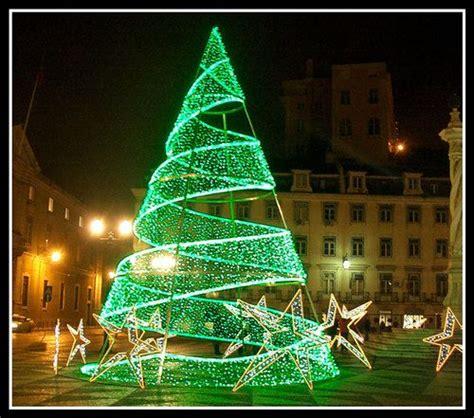 green light christmas tree green christmas tree lights daring green pinterest