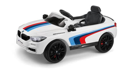 Review Tesla Radio Flyer Vs The Bmw M4 Electric Rideon