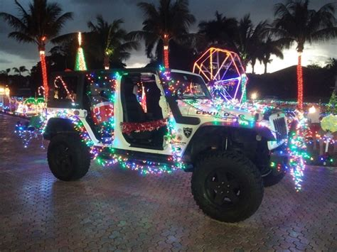 decorated  jeep   christmas parade