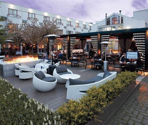 inspiring restaurant patios