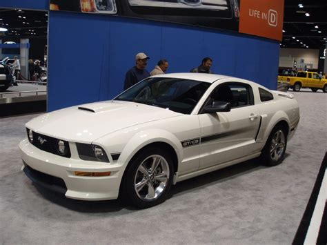 What Types Of Ford Mustangs Are There