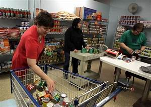 South suburban businesses donate to longtime chicago for Food pantry in chicago heights