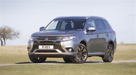 2018 Mitsubishi Outlander Plugin Hybrid Priced At $35,535