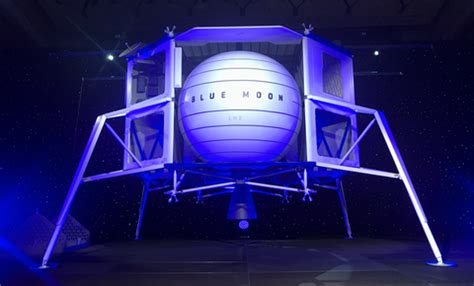 blue origin reveals  blue moon lunar lander