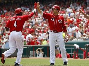 Votto, Phillips: Same team, different approaches