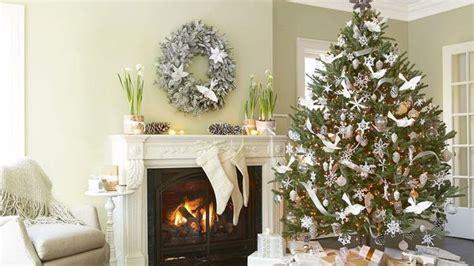 tema seru  dekorasi pesta natal  lifestyle