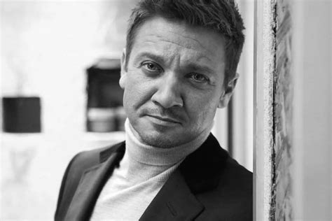Jeremy Renner Says Women Have All The Answers New Potato