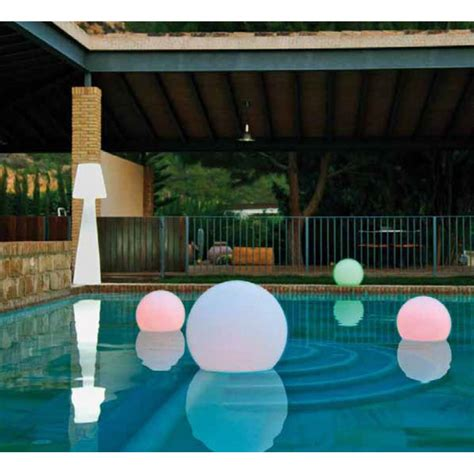 pour piscine liner leds colorants osez la couleur dans votre piscine
