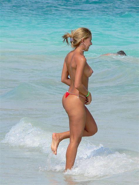 Nice Fuck On The Beach