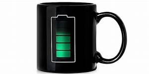 Welche Tasse Ist Zuerst Voll : art lebedev kaffeebecher mit ladestand ~ Orissabook.com Haus und Dekorationen