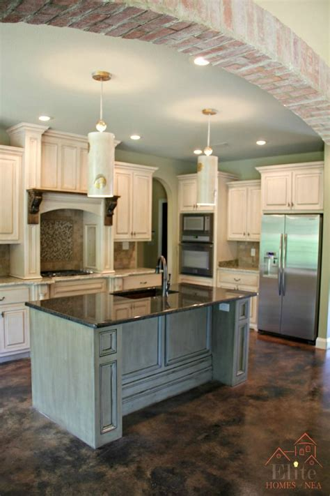 brick accents island color stained mantel pendants blend nicely kitchens home