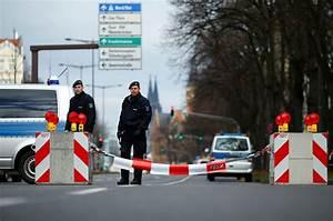 Voiture Accidenté En Allemagne : une voiture fonce sur des passants en allemagne un mort ~ Maxctalentgroup.com Avis de Voitures