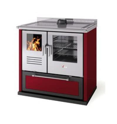 poele à bois pour cuisiner comment choisir sa cuisinière a bois guide complet
