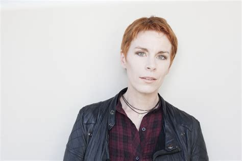 Tana French Thriller Keeps Readers Off-guard