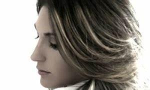 Gefärbte Haare Natürlich Aufhellen : haare zu dunkel gef rbt diese tipps k nnen helfen ~ Frokenaadalensverden.com Haus und Dekorationen