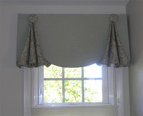 Custom Window Valances by Window Dressings On Valances Window Valances