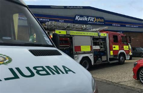 Kwik Fit Customer Shares Horrifying Moment Car Falls On
