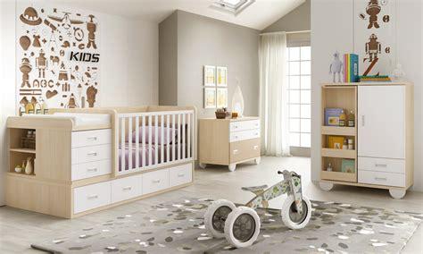 chambre bebe complete evolutive lit bébé commode évolutif avec chiffonnier bc30 glicerio