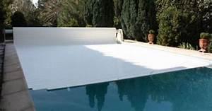 le prix dun volet roulant de piscine With prix volet roulant immerge pour piscine