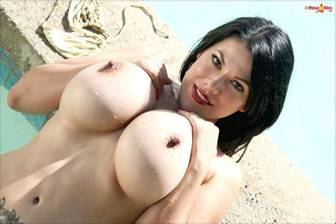 Bikini girl Ana Rica showing off her huge boobs outdoor - My Pornstar Book