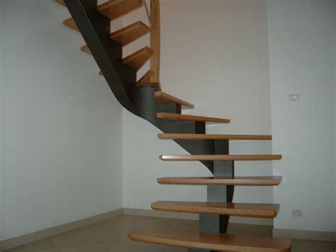 escalier exterieur limon central 2 4 tournant raccord courbe atelier glotin 224 pontchateau