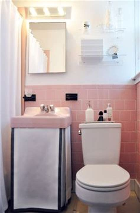 how to set a kitchen sink how to neutralize pink grey walls grey and tile 8901