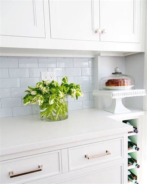 benjamin moore chantilly lace cabinets updating your cabinets with benjamin moore s chantilly 297 | a6c04d358d09177ac73d61a3f135584b