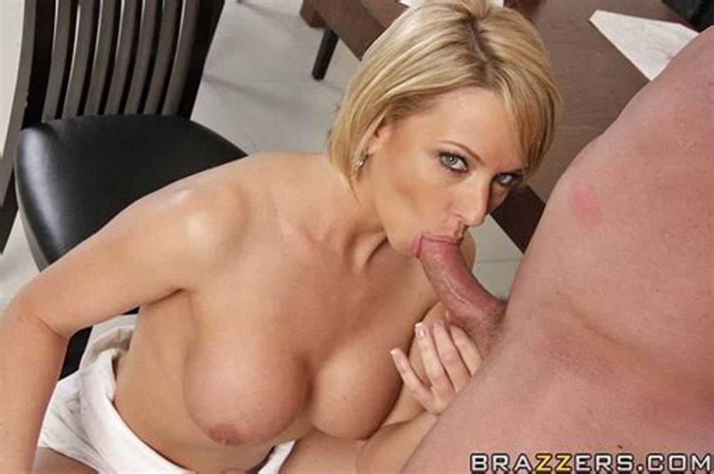 #Smiley #Milf #Brianna #Beach #Gives #A #Blowjob #And #Gets #Pounded