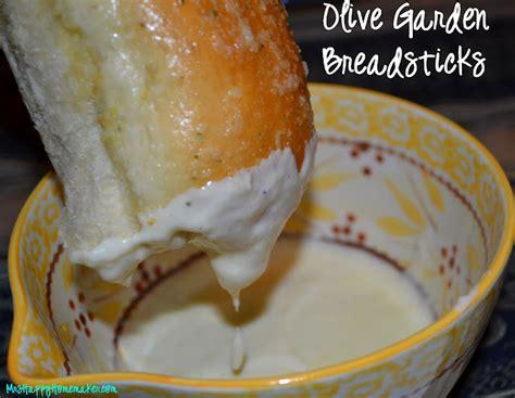 olive garden breadstick recipe olive garden breadsticks mrs happy homemaker