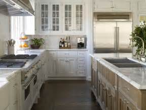 kitchen l shaped island best 10 cottage l shaped kitchens ideas on